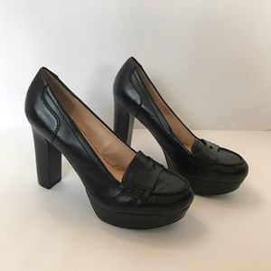 Marc Fisher black heeled pumps size 6